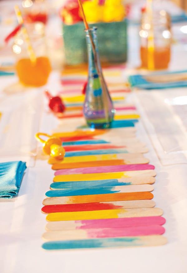 DIY tischdeko aus holzstäbchen