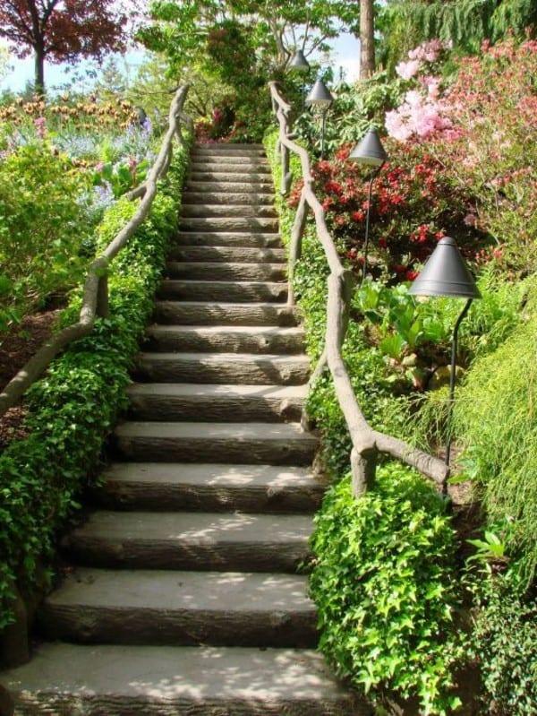 DIY Holztreppe mit Geländer