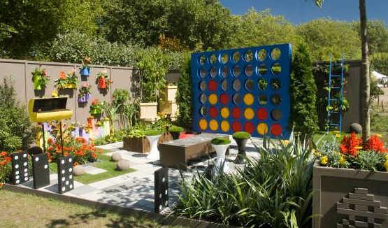 abenteuerspielplatz f r kinder zum spielen im freien freshouse. Black Bedroom Furniture Sets. Home Design Ideas