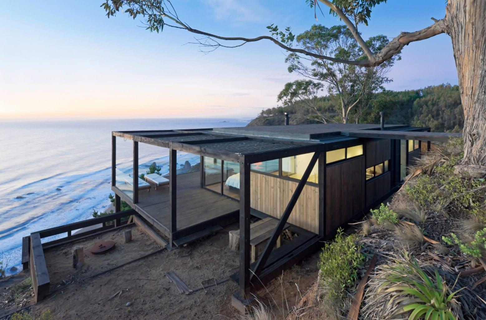 Holzskeletbauweise für modernes Haus am meer