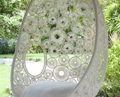 eleganter h ngesessel wei von zara pod freshouse. Black Bedroom Furniture Sets. Home Design Ideas