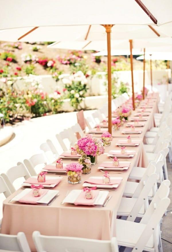 hochzeitsdeko ideen in weiß und rosa