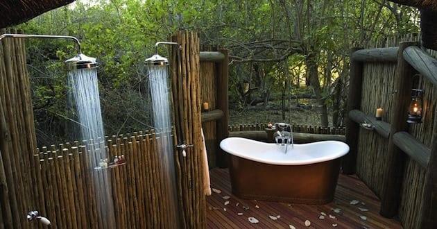 ideen für badezimmer im außenbereich mit Außenduschen und ...