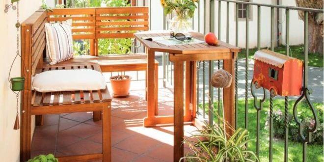 Kleines wohnzimmer auf die terrasse einrichten mit eckbank und holztisch freshouse - Holztisch terrasse ...