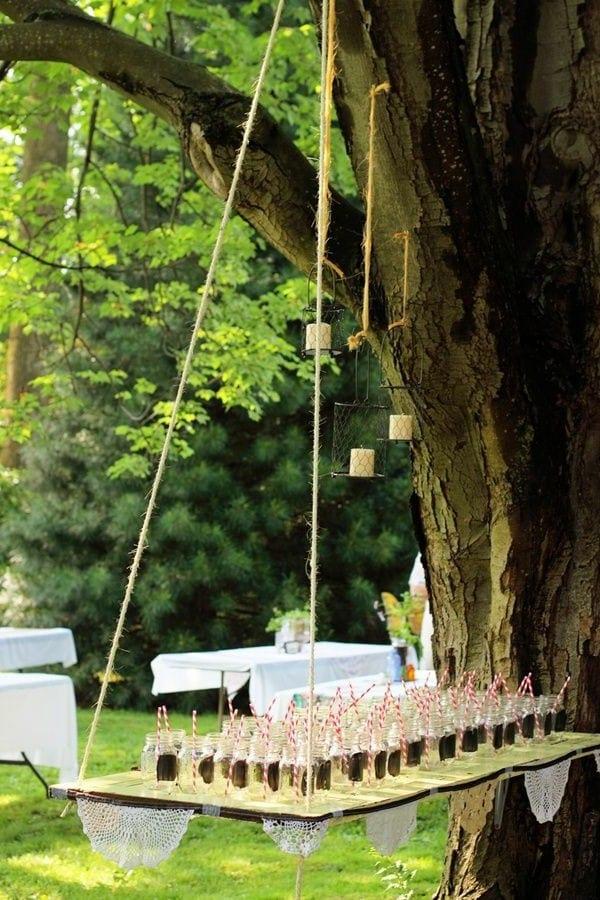 Gartenparty Gestaltung mit hängendem Büffet