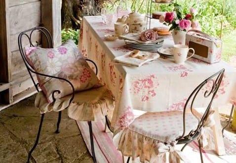 rustikales wohnzimmer romantisch einrichten auf die terrasse mit ... - Wohnzimmer Romantisch