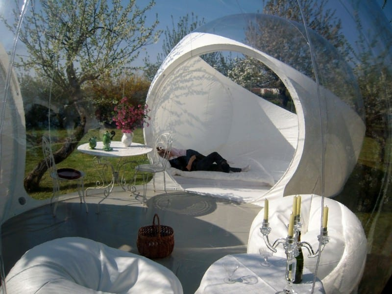 cooles gartenhaus mit bubble pavillon