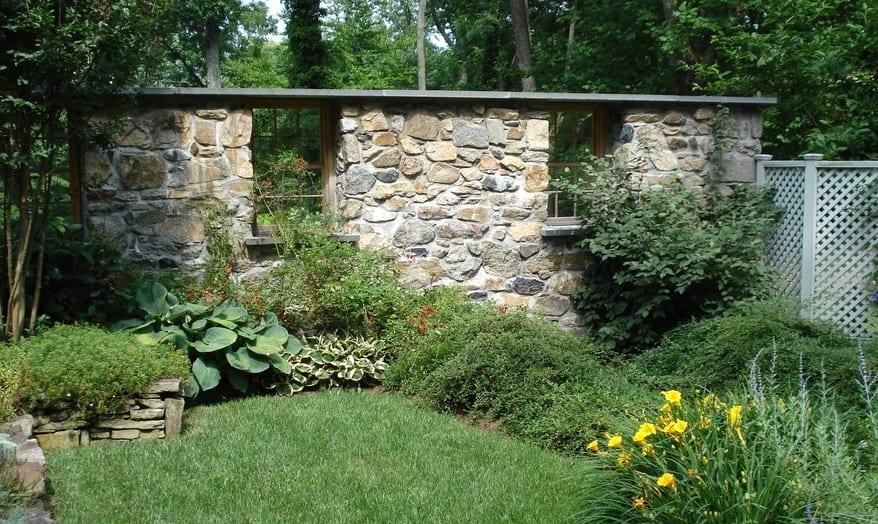 Geliebte Gartenmauer als Gestaltungselement - fresHouse #AR_83
