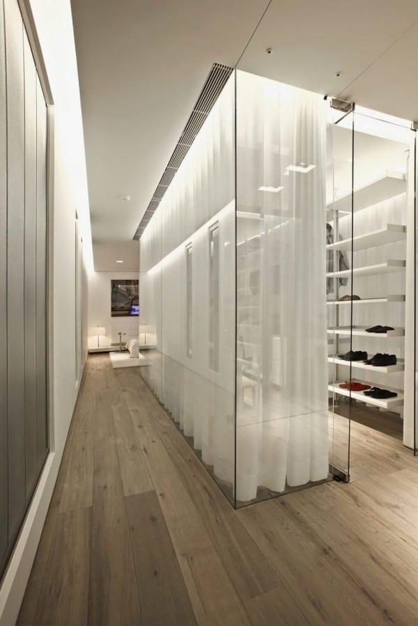 idee für schlafzimmer mit ankleideraum und indirekte deckenbeleuchtung als bereichdefinizion