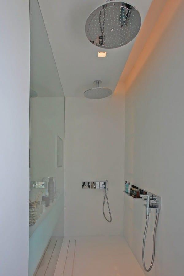 badezimmer inspiration für moderne Dusche mit zwei duschköpfen in der decke