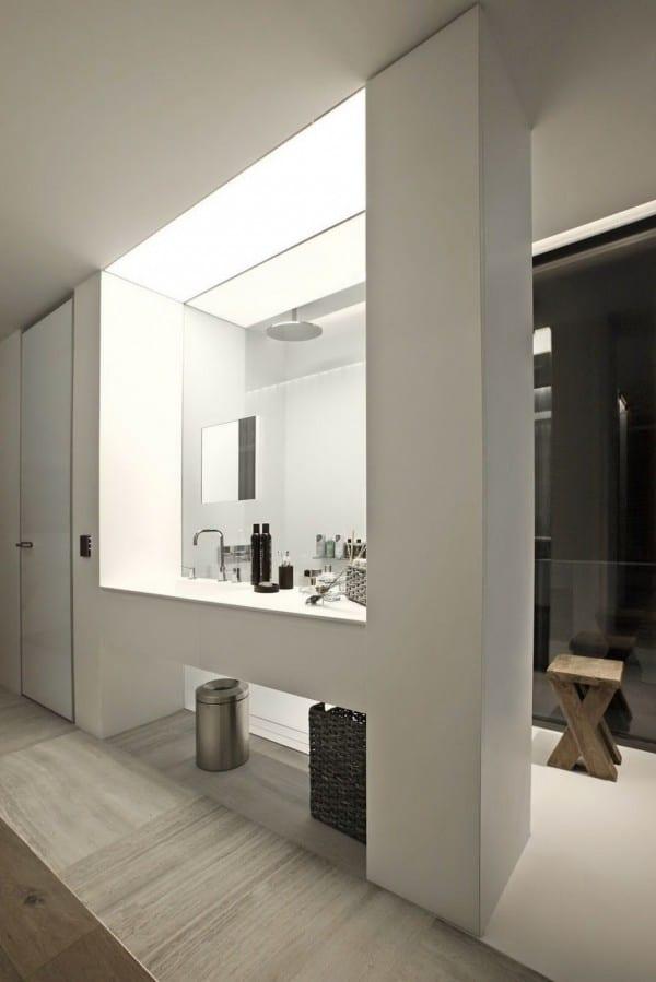 badezimmer indirekte beleuchtung ideen für moderne einrichtung kleiner badezimmer mit badezimmerfliesen aus marmor