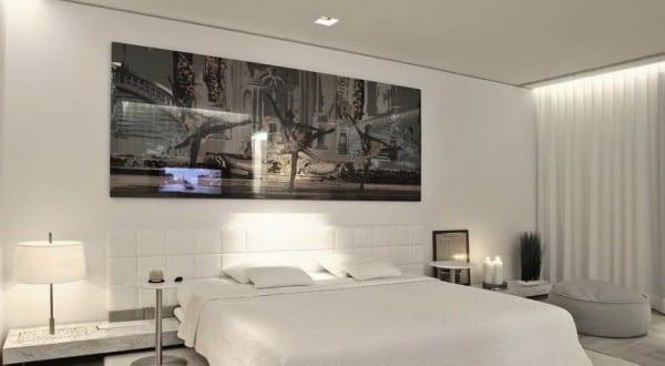 Moderne Schlafzimmer Einrichtung Mit King Size Bett Weiß Und Kopfbrett Aus  Leder Weiß   FresHouse