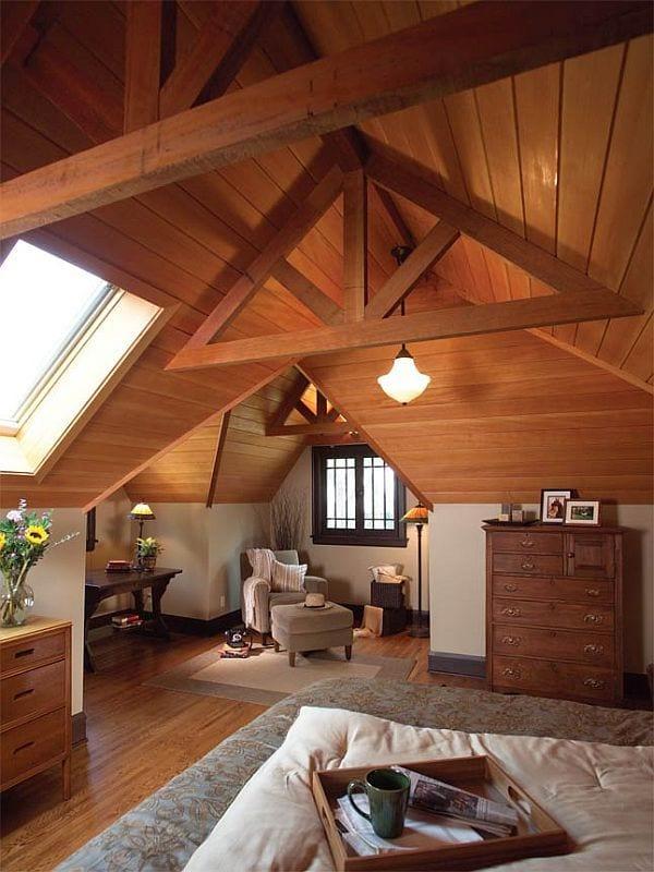 luxus schlafzimmer inspiration mit holzdaschschräge und sideboard holz und holztisch massiv