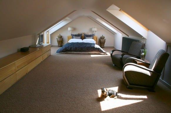 Bevorzugt Schlafzimmer mit Dachschräge gemütlich gestalten - fresHouse FM38