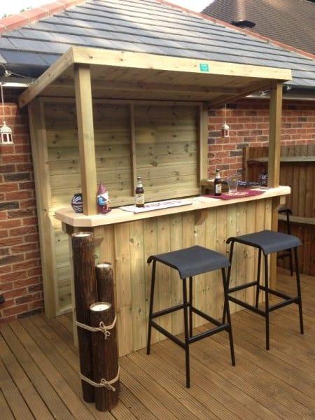 Garten Bar mit Überdachung selber bauen