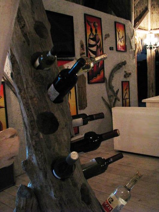 interessante Gastronomieeinrichtung mit DIY Gastronomiemöbeln aus Holz