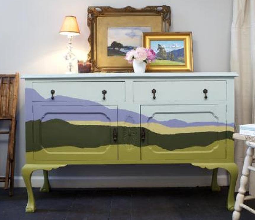 antike sideboard holz kreativ streichen in verschiedenen farben_alte möbel streichen idee