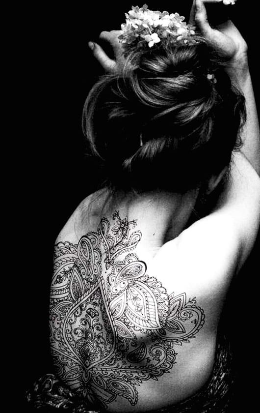 coole tattoos frauen für den rücken
