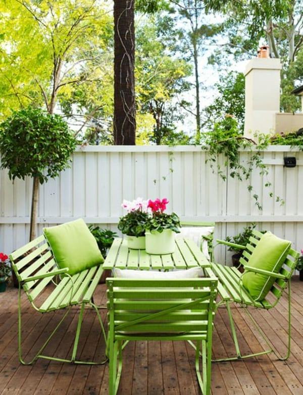 möbel in grün streichen_coole gartengestaltung mit gartenmöbel grün