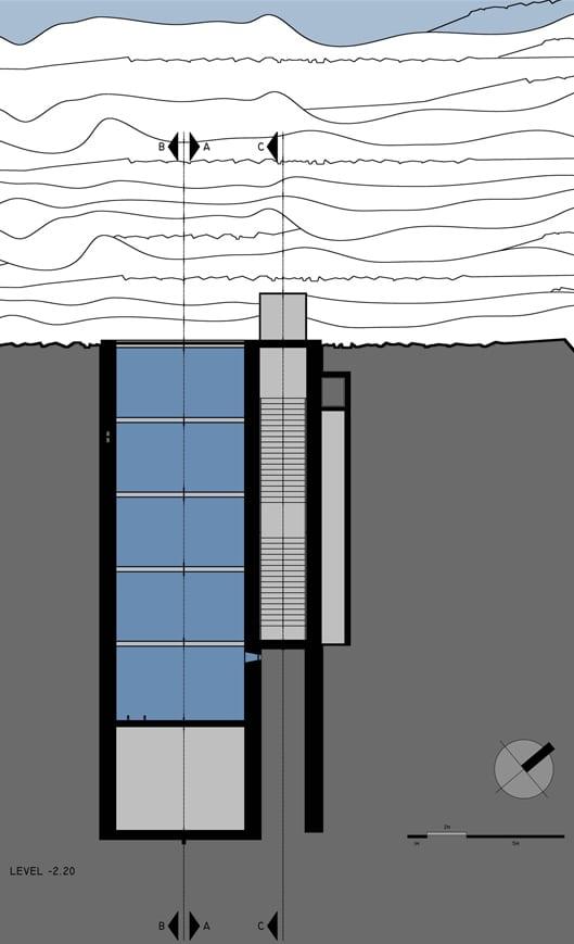 modernes haus mit pool auf dem dach