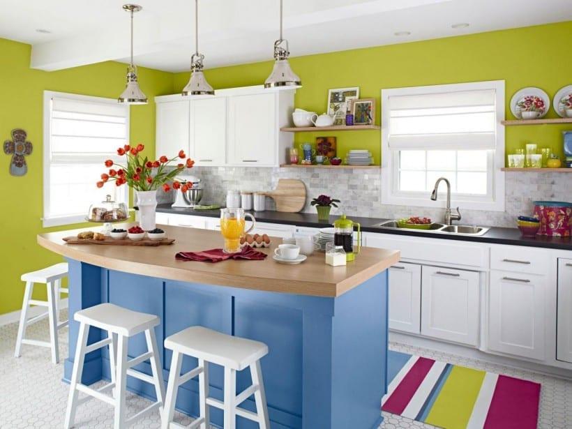 küche wandfarbe grün für kreative küchengestaltung für weiße küche mit teppich und kochinsel blau