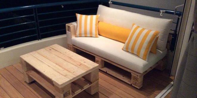 kleine terrasse mit diy sofa aus paletten einrichten freshouse. Black Bedroom Furniture Sets. Home Design Ideas