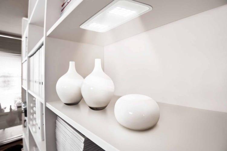 moderne raumgestaltung mit Lichtakzenten durch LED Leuchten