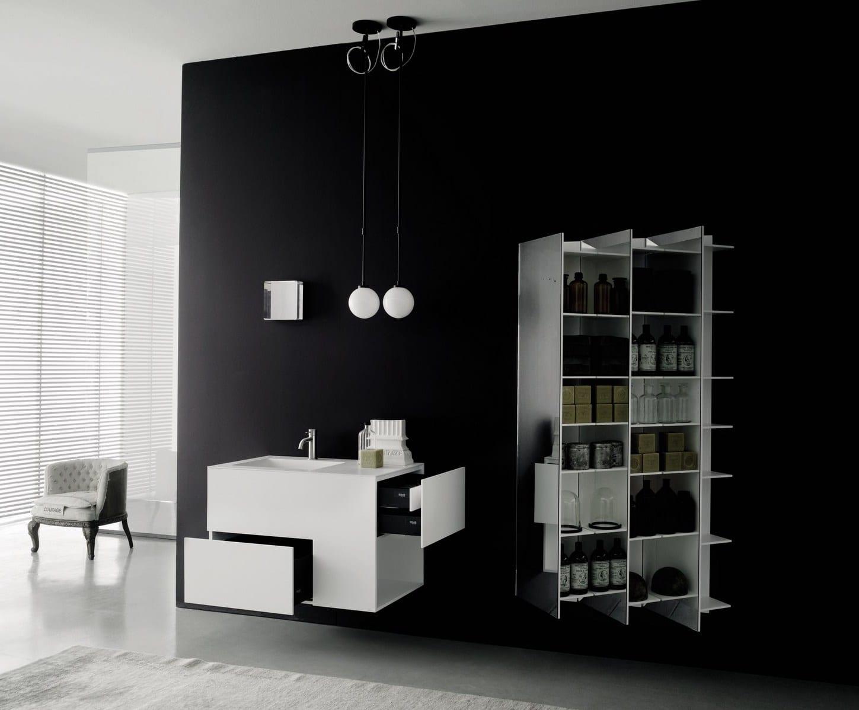 badezimmer idee für badezimmer gestaltung in schwarz-weiß mit hängewaschbeckenregal und spiegelregal weiß