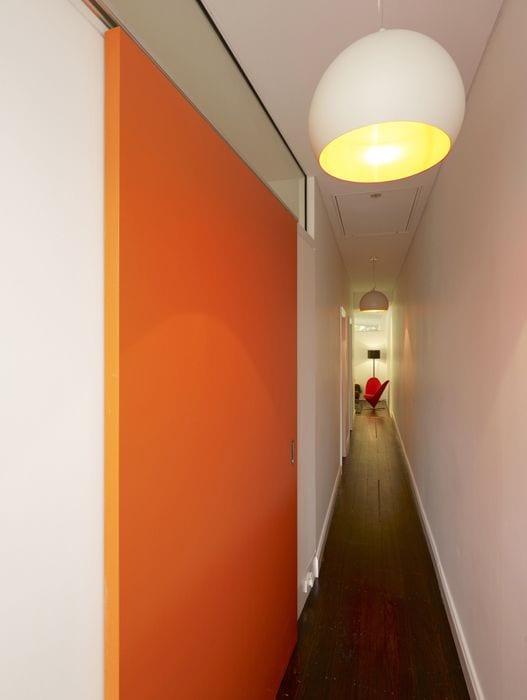 modernes interior design und farbgestaltung flur