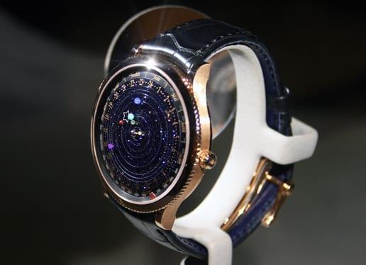 ein schickes armbanduhr modell f r m nner mit stil freshouse. Black Bedroom Furniture Sets. Home Design Ideas