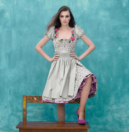 schickes Dindlkleid in grün und lila als idee für Oktoberfest 2015
