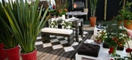 Terrasseneinrichtung mit DIY Terrassenmöbeln aus Paletten