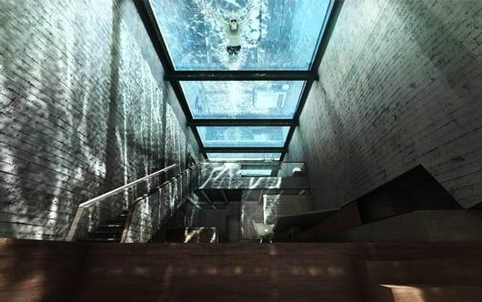 luxus residenz mit Glasdach und Pool als Messanin mit innentreppe