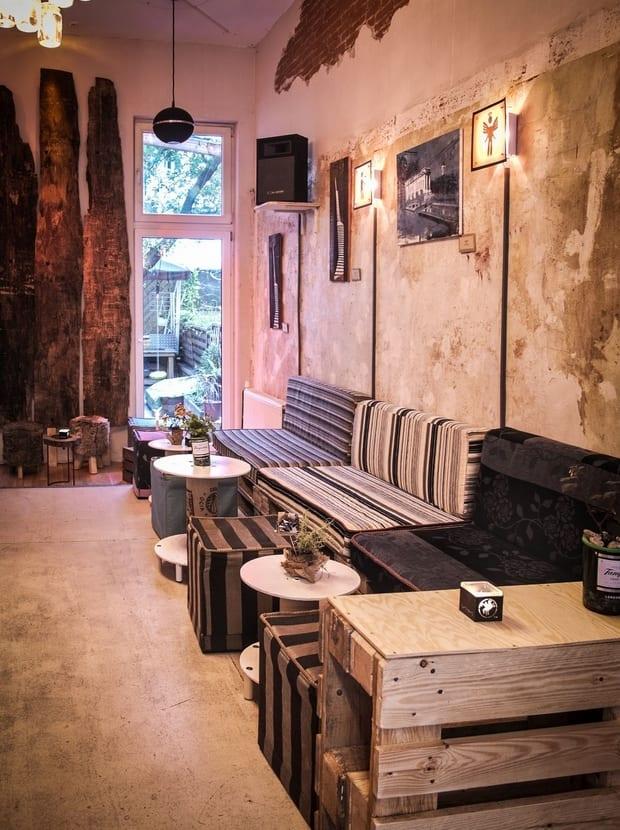 DIY Palettenmöbel und wanddeko mit Borke für Vintage Interior