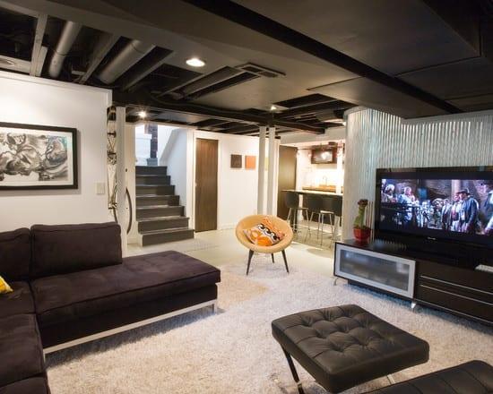 kreative wohnidee keller mit moderne wohn-esszimmer einrichtung in schwarz-weiß