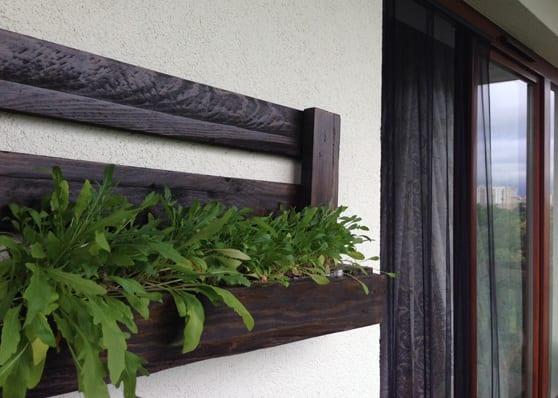 DIY Wanddeko für die terrasse mit DYI Planzenhalter aus paletten