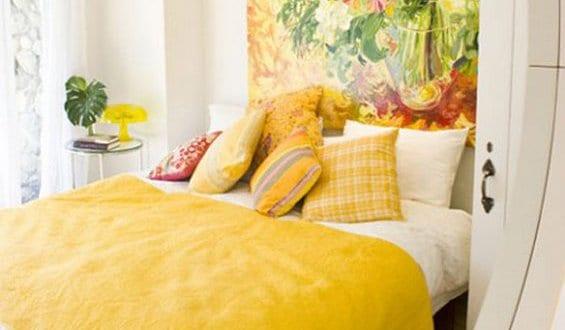 coole deko ideen schlafzimmer mit bildern und frische farbgestaltung schlafzimmer in gelb. Black Bedroom Furniture Sets. Home Design Ideas