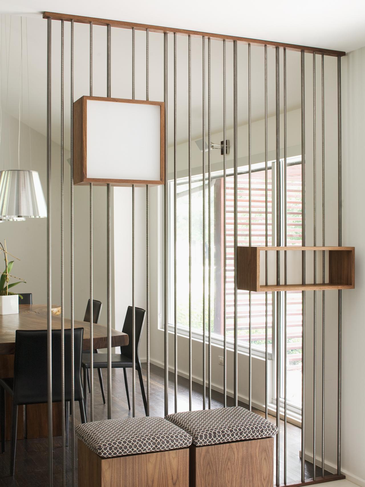 coole Einrichtung und gestaltung kleiner wohnungen mit Esszimmertisch holz und esszimmerstühle schwarz
