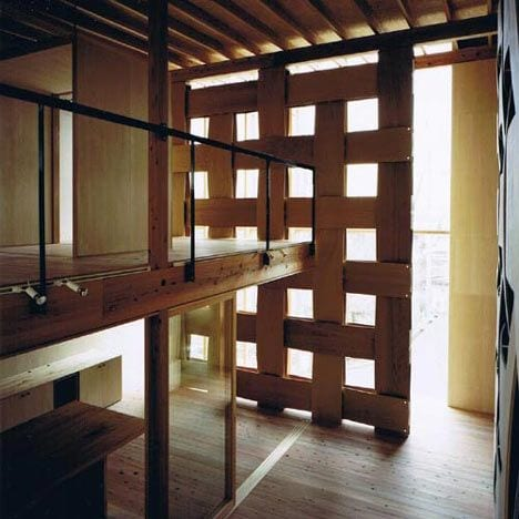 kreative idee für DIY Raumteiler und modernes Holz-Interior