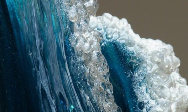 kunstwerke aus glas für kreative dekoration mit glasvasen und skulpturen
