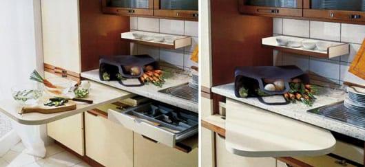 platzsparende idee für die küche mit verstecktem schneidebrett