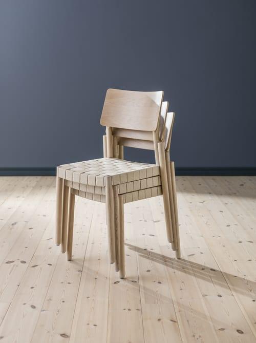 markantes Design von Holz-Esszimmerstuhl