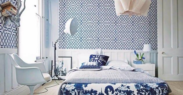 schlafzimmer farbgestaltung f r optische raumvergr erun in blau und wei freshouse. Black Bedroom Furniture Sets. Home Design Ideas