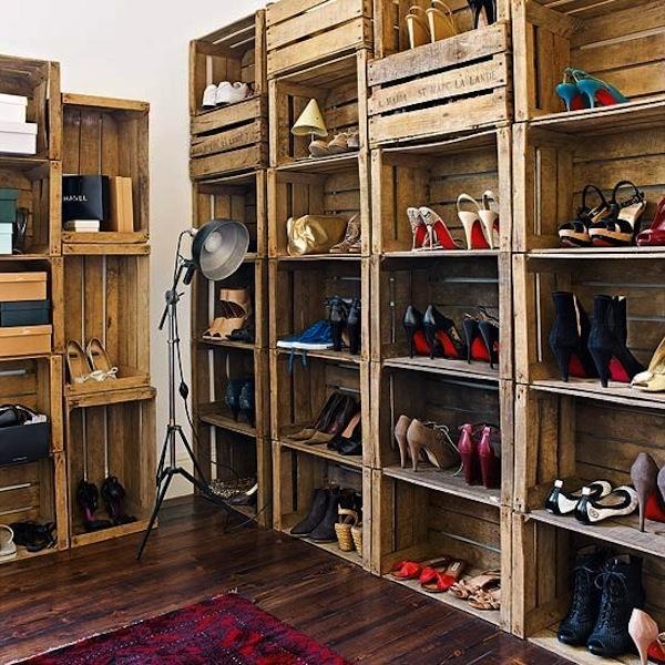 DIY Schuhschrank aus Holzkisten selber bauen