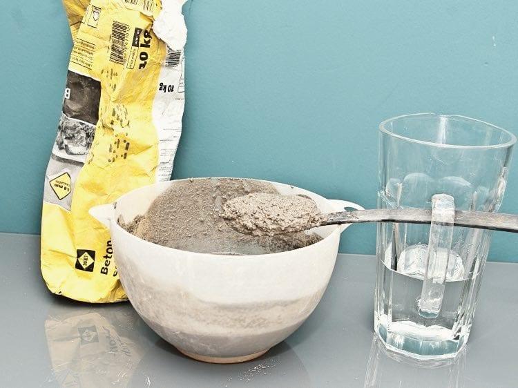 basteln mit beton_coole bastelidee für DIY Beton-Vase