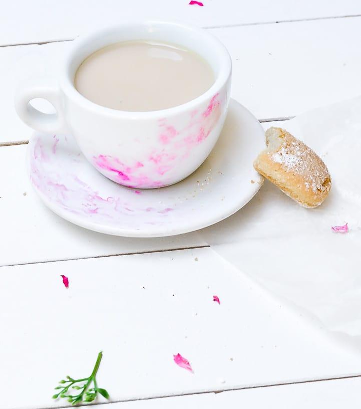 lustige geschenkideen zum selbermachen und coole bastelidee für DIY Watercolor-tassen