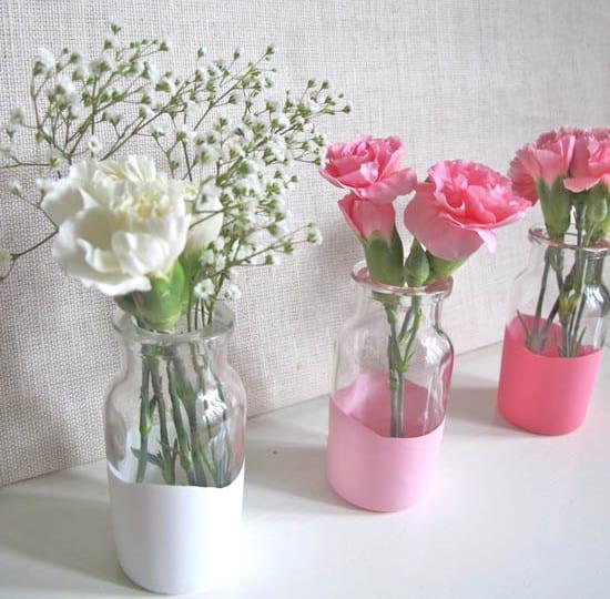 coole streichen idee für Designer Blumenvase weiß und rosa selber basteln