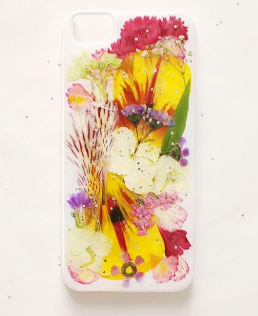 designer iphone hülle zum selber machen mit trockenblumen und glitter