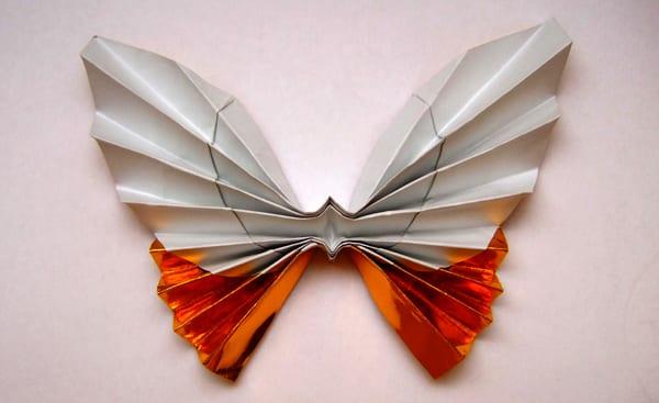 coole bastelidee für Origami-schmetterling als dekoration aus papier