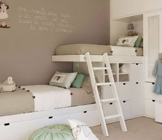 kleines kinderzimmer mit hoch oder etagenbett einrichten freshouse. Black Bedroom Furniture Sets. Home Design Ideas